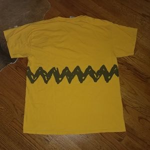 Vtg Charlie Brown t-shirt